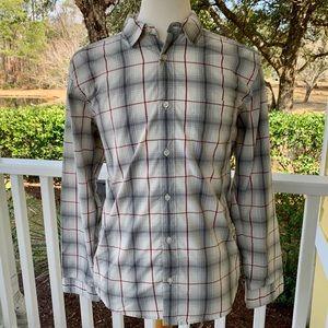 Patagonia Lightweight Long Sleeve Shirt. Medium